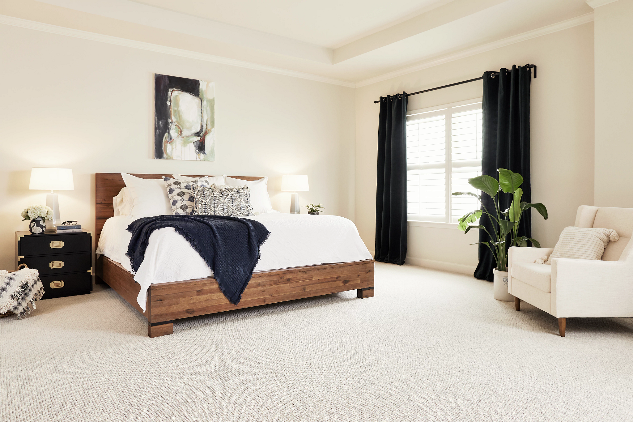 Image of bedroom featuring Translate carpet in color Biscuit
